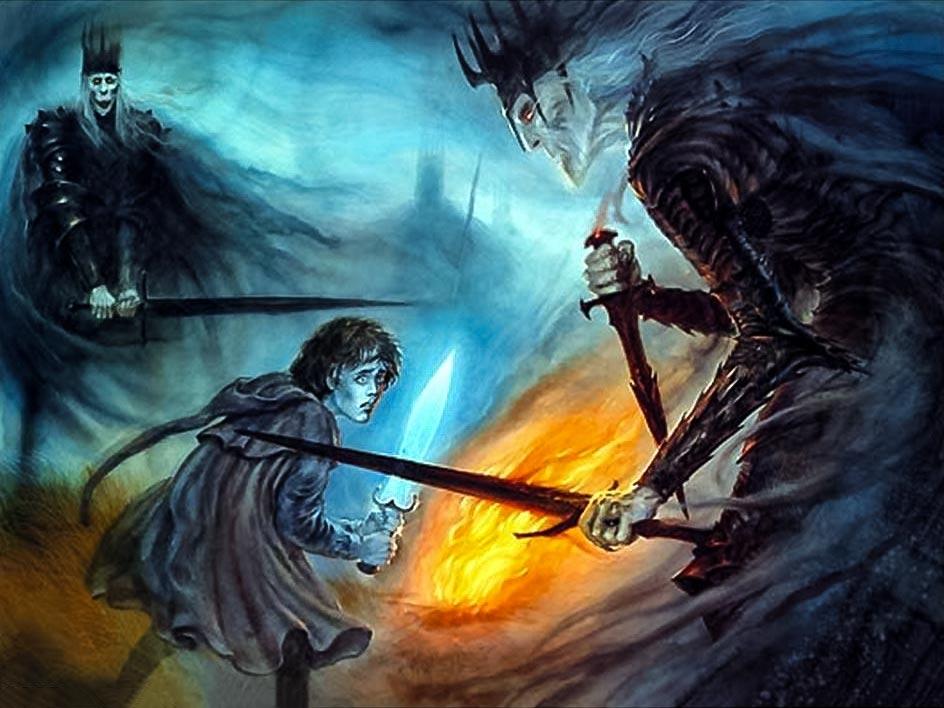 Frodo, Amon Sûl tepesinde gölge alemine girdiğinde Yüzüktayfları'nın asıl suretleri ile karşı karşıya gelir.
