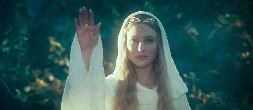 Galadriel, Tek Yüzük'ün vaatlerini geri çevirdiği anda, yitirilmiş cenneti Aman'a giden yol önünde açılmıştı.