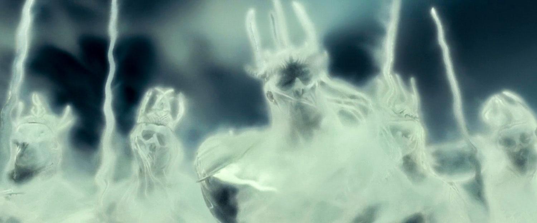 Yüzük Tayfları Tek Yüzük'ü takınca Frodo'ya gözüken gerçek halleriyle